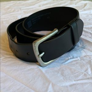 Men's GAP black leather belt